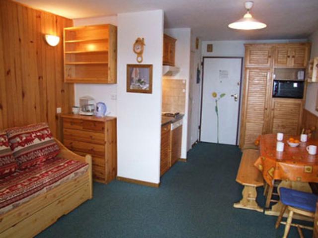 francuska-apartmani-val-thorens-comfort-dnevna-soba-1