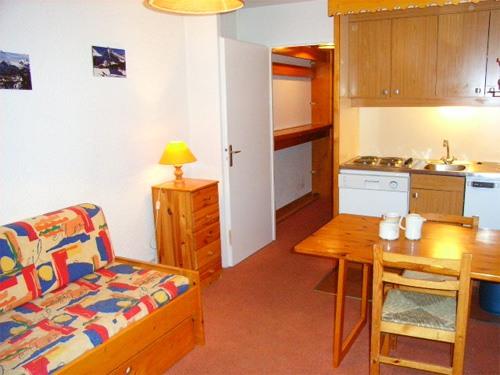 francuska-apartmani-val-thorens-comfort-dnevni-boravak-1