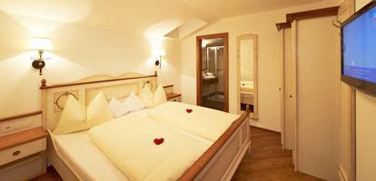 austrija_flachau_hotel_dachsteinblick_soba-1