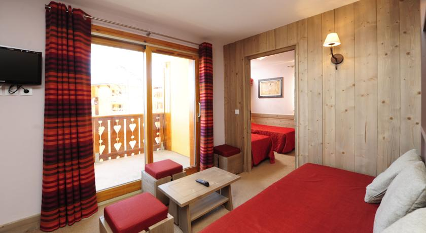 francuska_risoul_residence-antares_soba-i-balkon-1