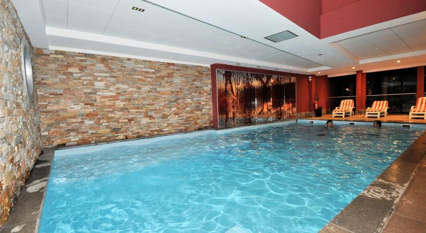 francuska_risoul_residence-antares_unutarnji-bazen-1