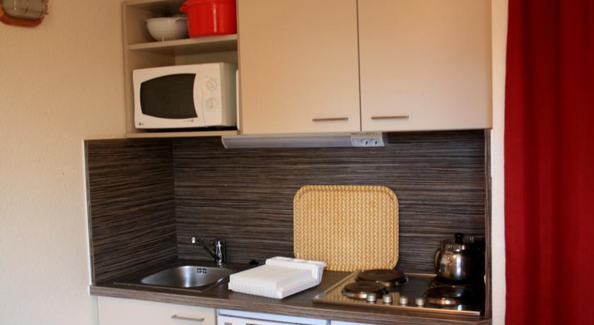 francuska_risoul_residence-castor-pollux_kuhinja-2