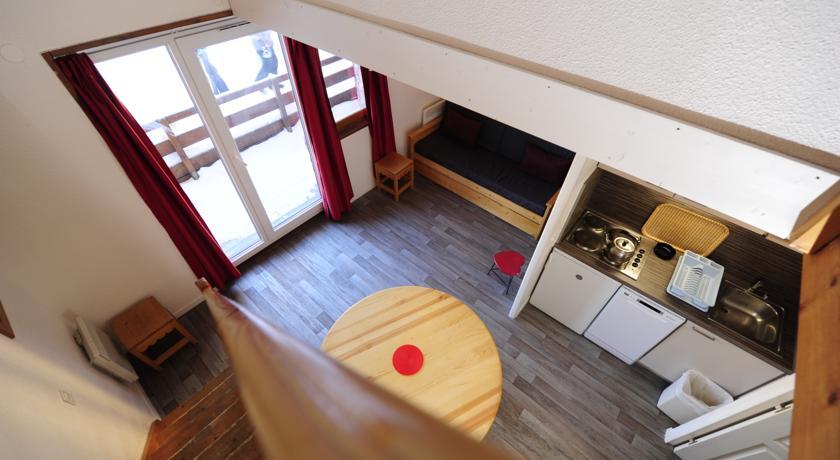 francuska_risoul_residence-castor-pollux_pogled-sa-gornje-etaze