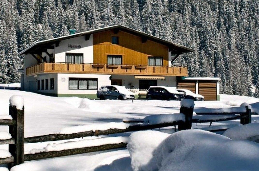 Apartmani Alpenrose ***